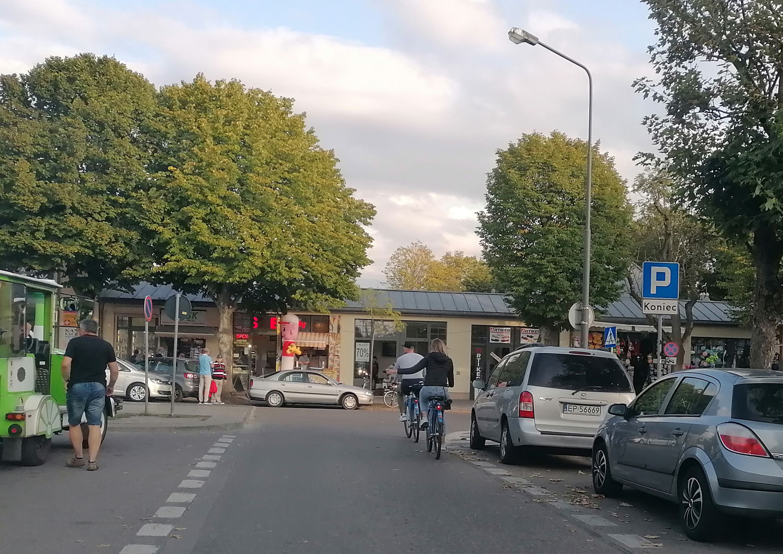 rowerzyści na promenadzie Świnoujście