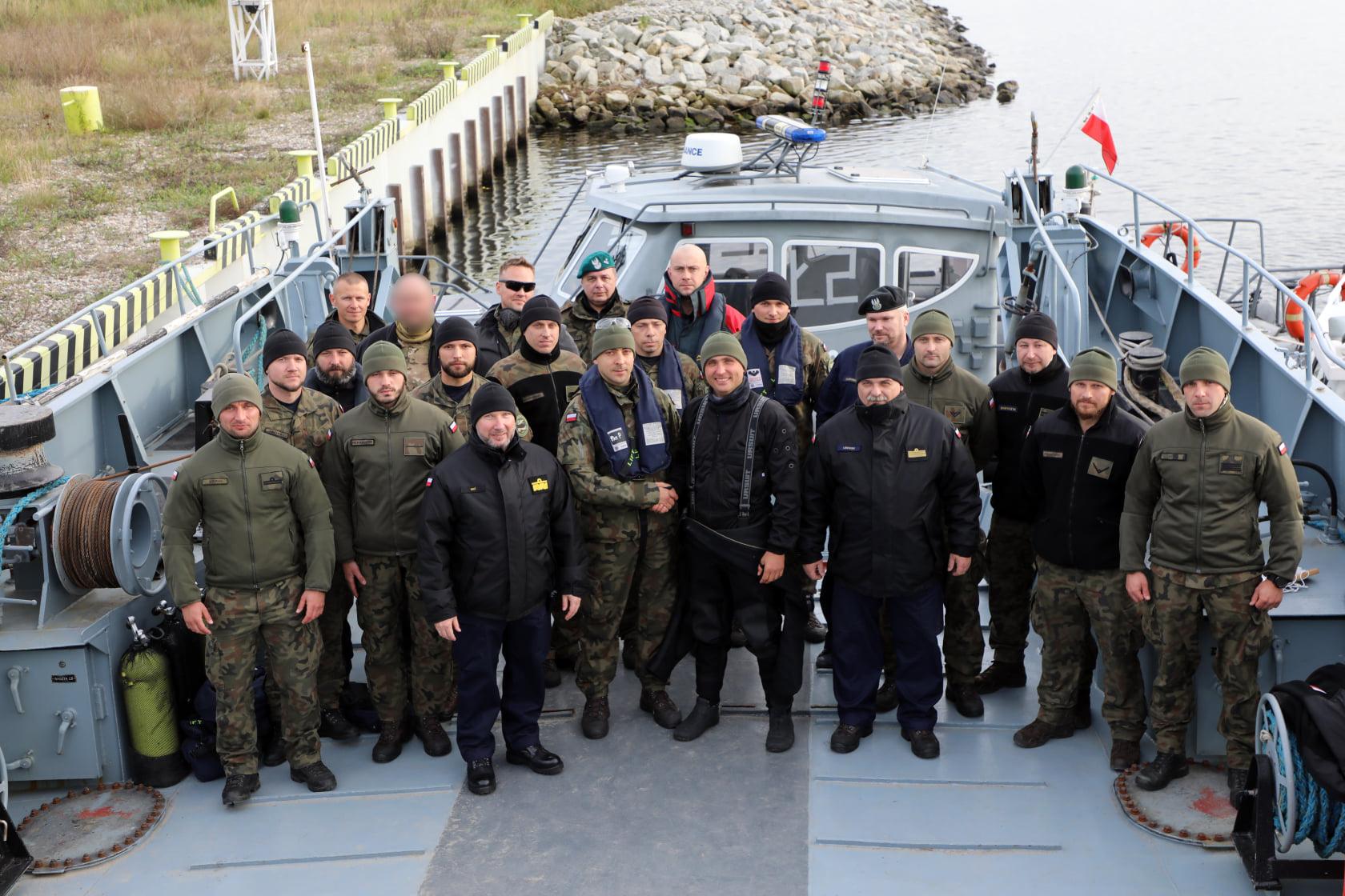 Świnoujście - To oni !!! - najwięksi specjaliści od podwodnych zadań z 8. Flotylii Obrony Wybrzeża.