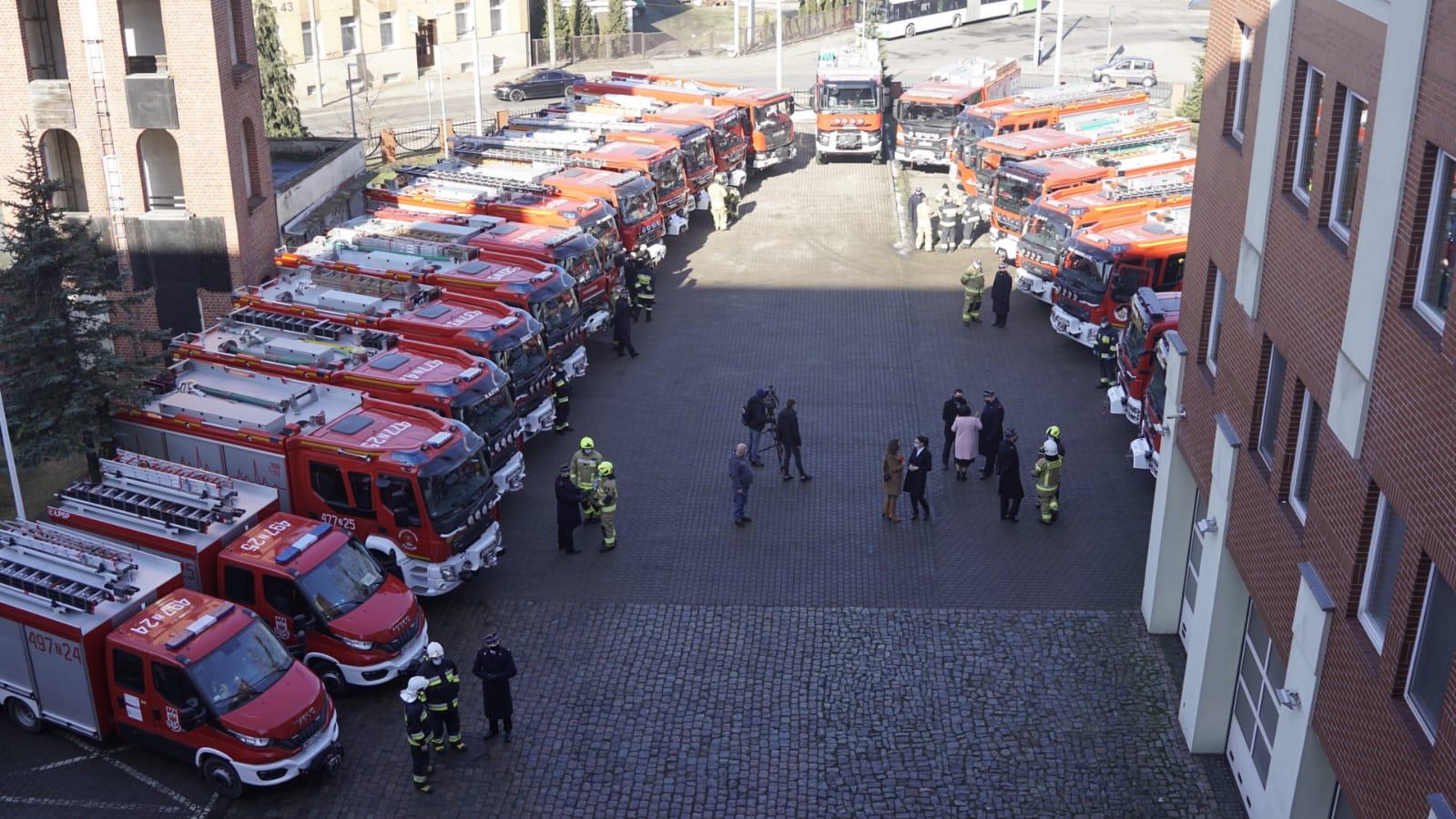 Zachodniopomorskie 22 nowe pojazdy ratowniczo-gaśnicze dla OSP