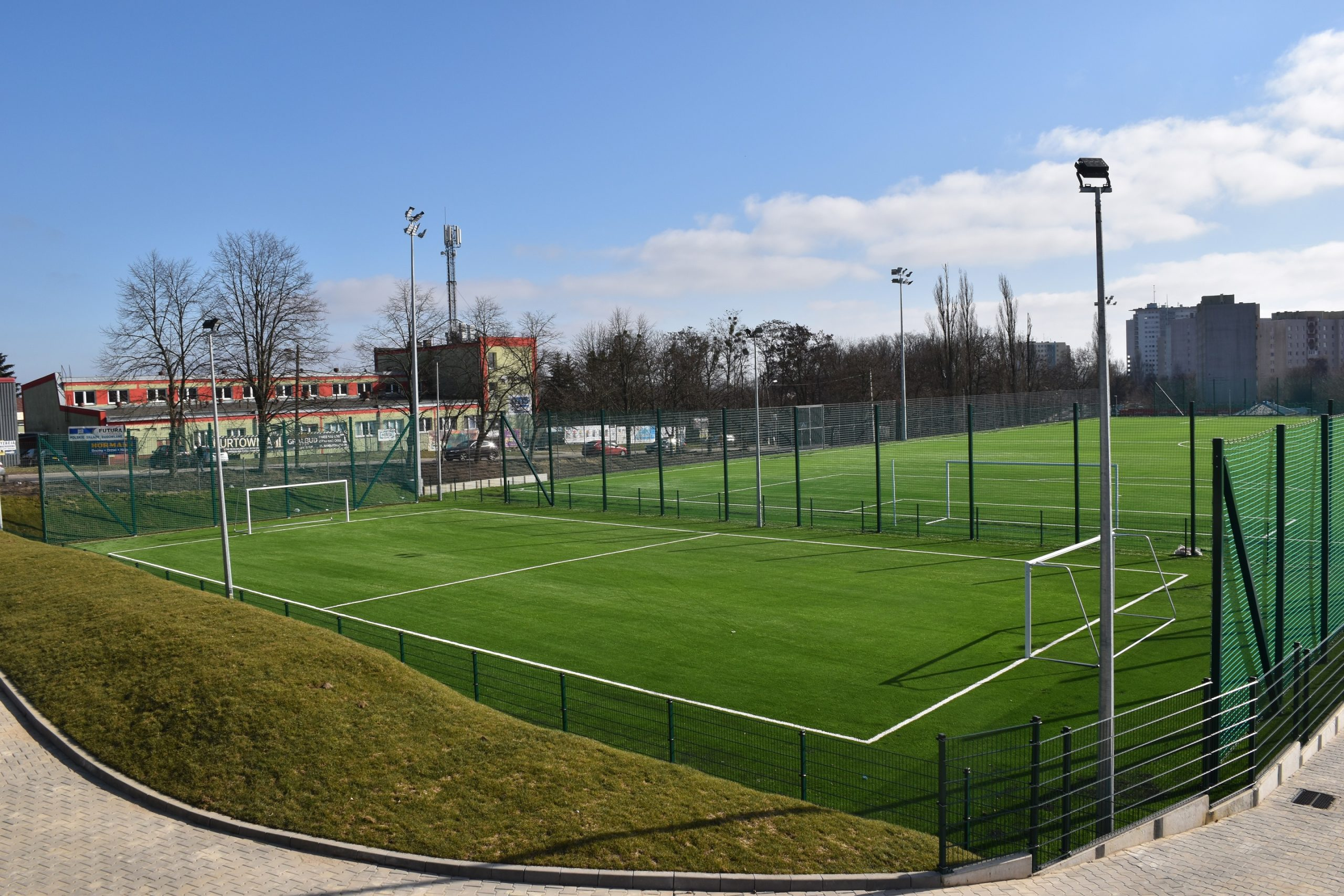 Nowe boiska piłkarskie gotowe