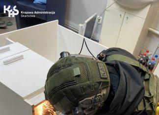 Choszczno - Nielegalny punkt hazardowy w salonie fryzjerskim